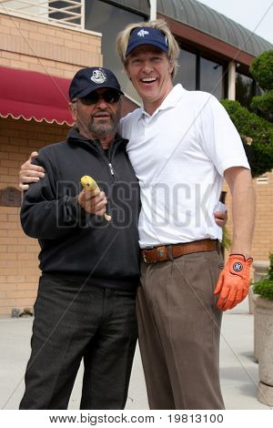 LOS ANGELES - APR 18:  Joe Pesci, Jack Wagner at the 2011 Jack Wagner Golf Classic to benefit The Leukemia & Lymphoma Society at Valencia Country Club on April 18, 2011 in Valencia , CA..