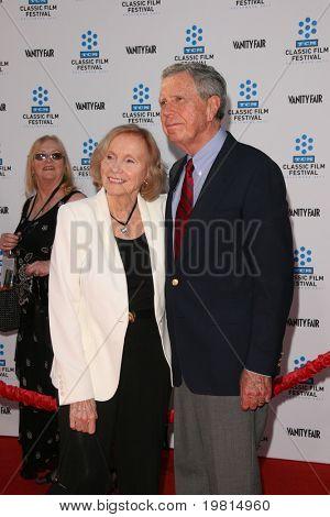 LOS ANGELES - 27 de abr: Eva Marie Saint chegando ao TCM Classic Film Festival & World Premiere de