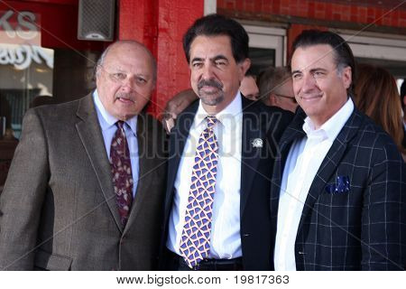 LOS ANGELES - APR 29:  Dennis Franz, Joe Mantegna, Andy Garcia attending the Hollywood Walk of Fame Star Ceremony for Joe Mantegna at Hollywood Walk of Fame on April 29, 2011 in Los Angeles, CA