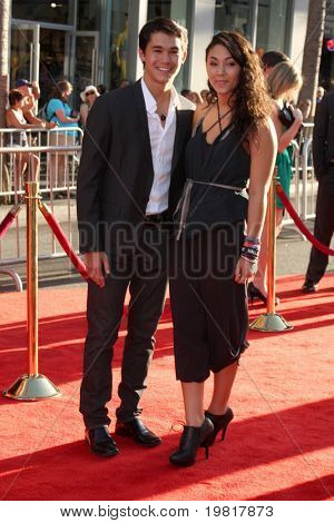 LOS ANGELES - MAY 2:  BooBoo Stewart, Fivel Stewart arriving at the