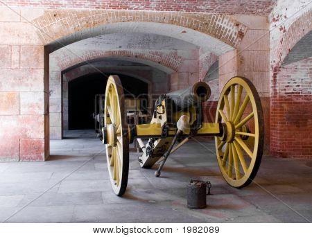 El cañón de amarillo.