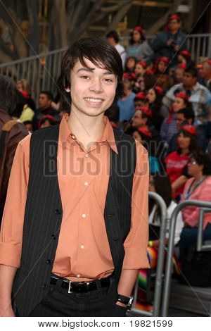 LOS ANGELES - MAY 7:  Noah Ringer arriving at the