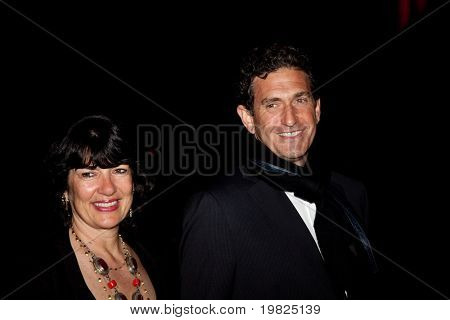 NEW YORK - APRIL 21: CNN's Christiane Amanpour (L) and husband James Rubin attend the Vanity Fair party for the 2009 Tribeca Film Festival on April 21, 2009 in New York.