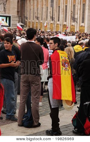 spanish pilgrim in st peter's square