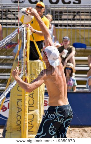 GLENDALE, AZ - SEPTEMBER 27: Olympian Jake Gibb competes at the AVP Best of the Beach volleyball tournament in Glendale, Arizona.