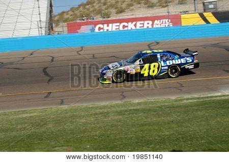 AVONDALE, AZ - NOV 8: Jimmie Johnson (48) competes in the NASCAR Sprint Cup Series at the Phoenix International Raceway on November 8, 2008 in Avondale, Arizona.
