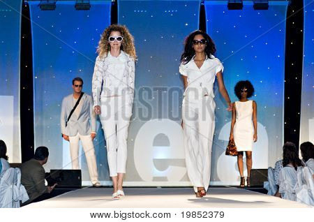 PHOENIX, AZ - MARCH 15: Models walk the runway at the annual Saks Fifth Avenue Xavier Prep Fashion Show on March 15, 2009 in Phoenix, AZ.