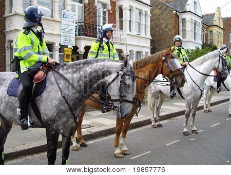 Policía montada en Londres.