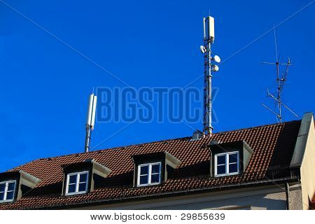 Mobile Antenna On Roof