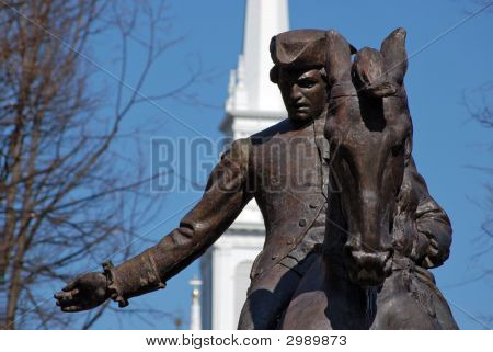 Estatua de Paul Revere