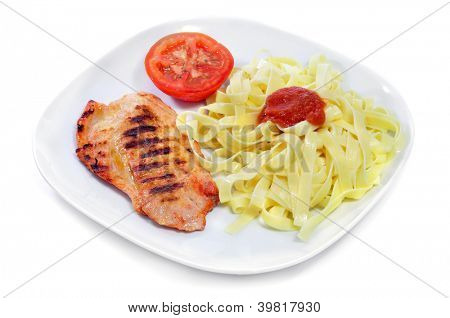 a combo platter with tagliatelle with tomato sauce and grilled chicken on a white background