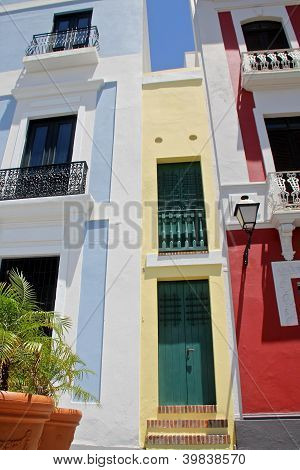 colorful houses in Old San Juan