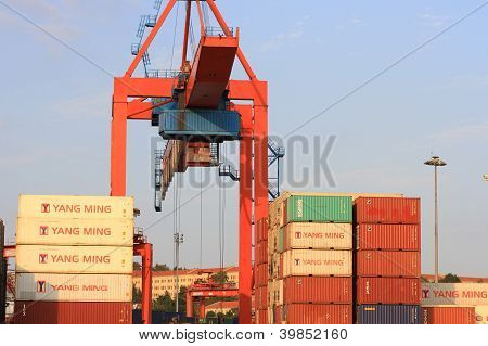 Cargo containers under gantry