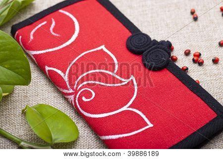 Elegant canvas purse