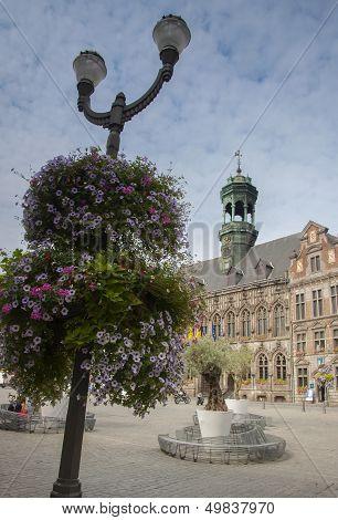 mons town hall