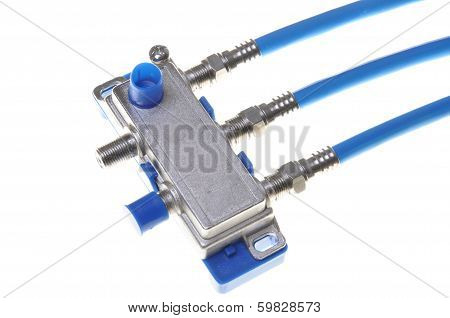 Coaxial cables whit tv splitter