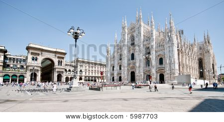 Milan Cathedral Square (piazza Del Duomo), Lombardy, Italy, Europe