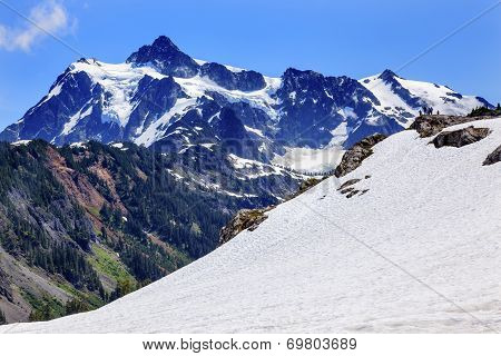 Hiking Snowfields Artist Point Glaciers Mount Shuksan Washington