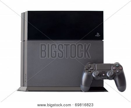 Console Sony Playstation 4 With A Joystick Dualshock 4
