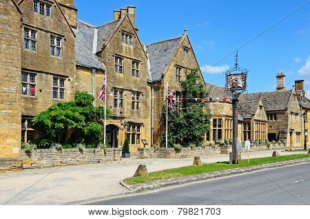 Lygon Arms Hotel, Broadway.
