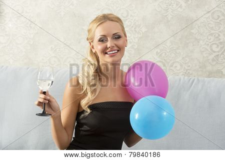 Smiling, Party Woman
