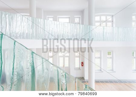 Glass Balustrade In Spacious House