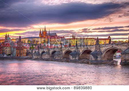 Castle of Prague (Czech Republic), Charles (Karluv) Bridge and Vltava River