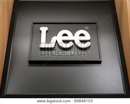 Lee Jeans Sign And Logo