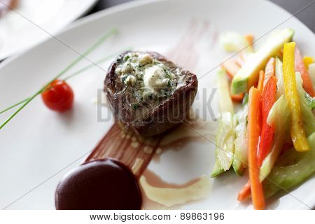 Filet Mignon With Vegetables And Sauce