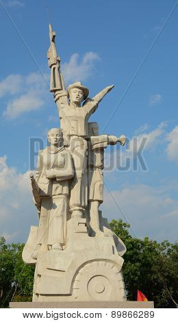 Statue And Monument Of Vietnamese Soldier