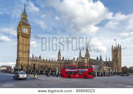Big Ben And Bus