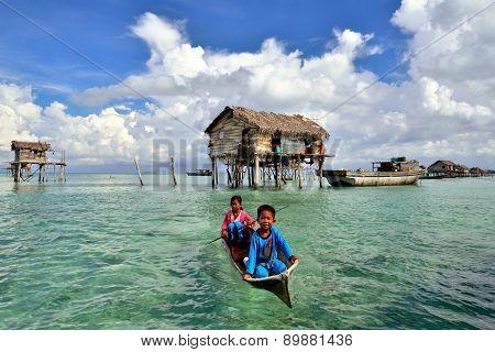 Bajau Laut Kids On A Boat In Bodgaya Island On April 19, 2015