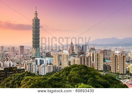 TAIPEI, TAIWAN - JANUARY 9, 2013: Downtown skyline of Taipei.
