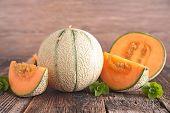 pic of melon  - fresh melon - JPG