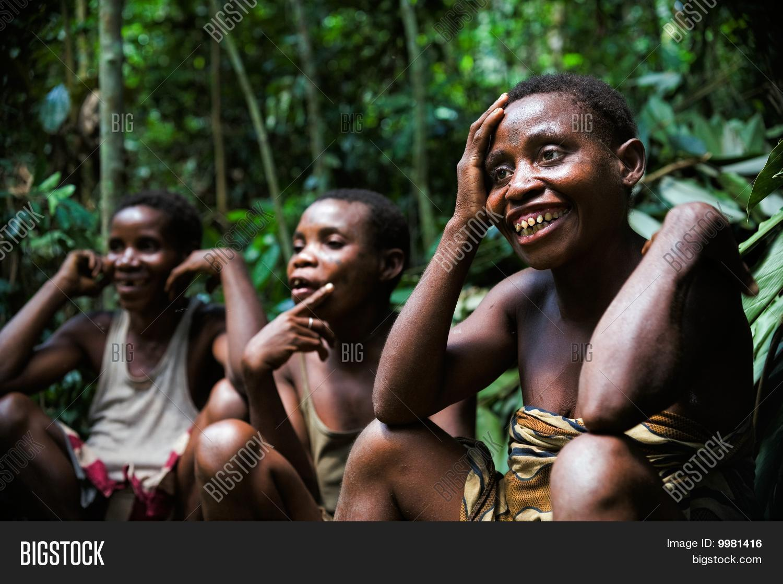 Pygmy women nude porn comic