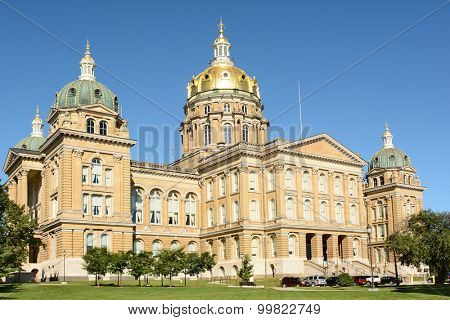 DES MOINES, IOWA - AUGUST 19, 2015: State Capitol Building, Des Moines, Iowa. Built between 1871 and 1886, it is the only five-domed capitol in the country.