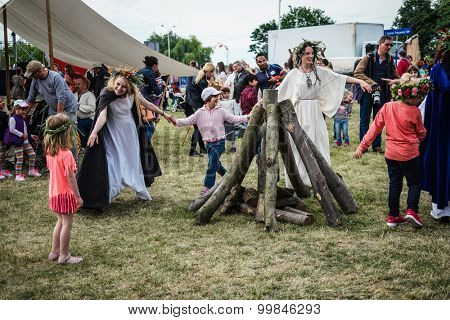 Warsaw, Poland - june 20, 2015: campfire dance on midsummer holiday fest celebration