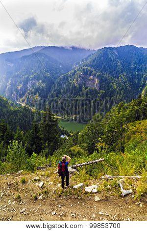 Tourist Photographer Who Takes Pictures Mountain