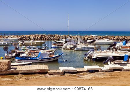 Small traditional fishing port in Punta Secca