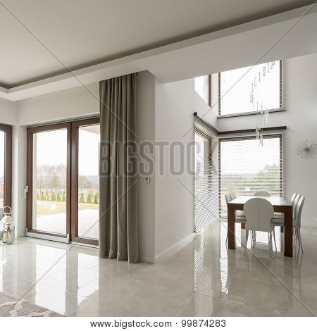 Bright Contemporary Interior