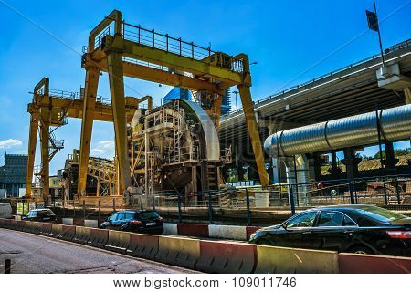Urban infrastructure,construction equipment