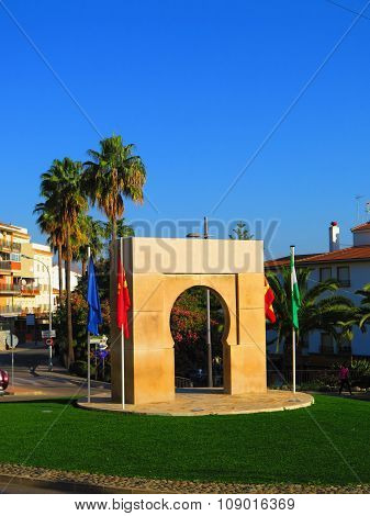 Arabic Arch On Roundabout