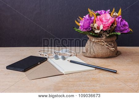 Table Of Composer, Still Life Tone