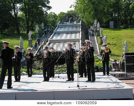 Peterhof, St Petersburg, Russia - July 13, 2003: Russian Naval Orchestra Performs For Tourists At Fo