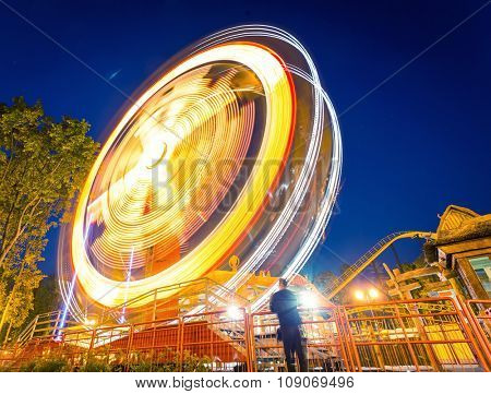 Fast big wheel in the night park