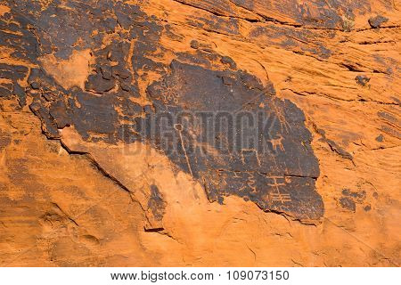 Ancient Rock Art And Carving In Valley Of Fire State Park, South Nevada