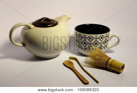 Macha Tea Pot, Cup, Wisk, Bamboo Scoop And Spoon