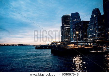Downtown of Manhattan in the night - hudson river