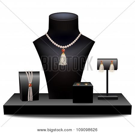Set of jewelry on dummies