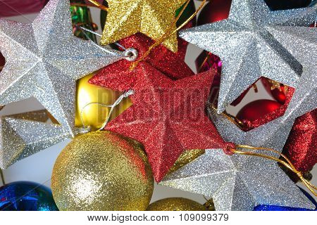 Red And Silver Five-pointed Star With Christmas Balls